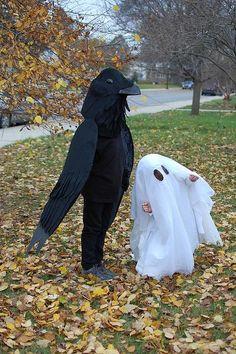 Halloween costumes We love sexy spooky Halloween at Bootights… Halloween Village, Halloween 2014, Halloween Ghosts, Halloween Costumes For Kids, Halloween Halloween, Halloween Makeup, Diy Bat Costume, Raven Costume, Costume Ideas