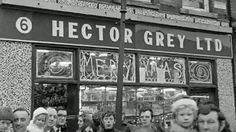 Hector Grey Man Of The People Dublin Street, Dublin City, Old Pictures, Old Photos, Ireland Homes, Best Memories, Childhood Memories, Dublin Ireland, Back In The Day