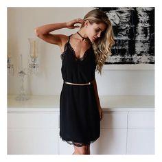 Bom dia com #sleepdress lindo   Aposte nessa tendência super forte 💛 #PinkobyMiia #usepinkobymiia #modafeminina #atacado #dress #👗