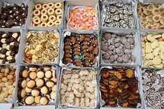 Cake Decorating Frosting, Cereal, Sweets, Vegetables, Breakfast, Food, Morning Coffee, Gummi Candy, Candy
