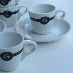 Gilbert espressocups 6 with the plates, 4 without