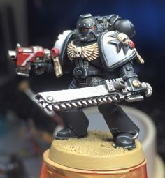 By Tristan Whitehead of Games Workshop Army Painters Facebook group