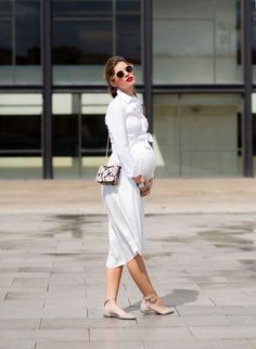 How to style your bump-- chic and fashionable maternity clothes and style! 34 weeks pregnant in all white!