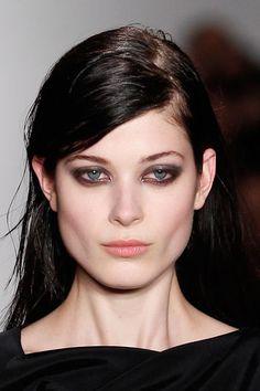 Eye Make up Trends 2014 2015 - Smokey Eyes @sophie-theallet