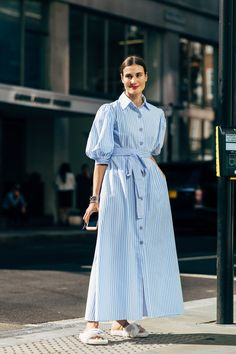 A Weekend Outfit That's Equally Stylish and Comfortable (Le Fashion) Street Chic, Look Street Style, Street Looks, Street Fashion, Paris Street, London Fashion Weeks, Fashion Photo, Fashion Looks, Fashion Top