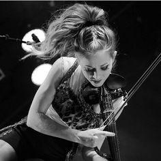 """@jkcsky på Instagram: """"Lindsey Stirling Repost from: @klarusa.k  Photo Credit: Credit to owner Source: www.czchmag.cz…"""""""