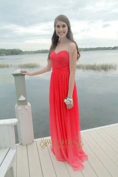 A-line Red Chiffon Floor Length Bridesmaid Dresses /Bridal Party Dresses AM296