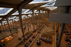 Interior of Bibliotheca Alexandrina, in Alexandria, Egypt. A commemoration of the Library of Alexandria that was lost in antiquity. Library Of Alexandria, Beautiful Library, Beautiful Space, Modern Library, Library Design, Egypt Travel, Canada, Exhibition Space, Cultural Center