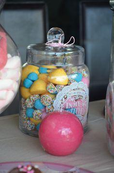Candy Bar, Jezebel, 5 ans
