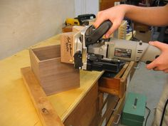 A simple attachment to a biscuit joiner gives you a safer way to cut slots for splines in mitered boxes. Click here for a members-only video on how to make and use the jig. - CLICK TO ENLARGE