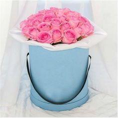 Прекрасные нежные #розы  в #шляпной коробочке  . в наличие размеры S (22-25 шт) и М (33-35 шт), L (43-47 шт)  Преимущества: ✨ Цветы в шляпных коробках, за счет оазиса ( специальной губки), радуют дольше чем букеты. ✨ Мы используем только свежие цветы. ✨ Мы можем предложить варианты, тех которых нету на нашей странице или сделать Ваш вариант оформления. ( P.S. на фото коробочка с 43 розами размер L) Доставка БЕСПЛАТНАЯ! Более подробно по ☎️+7-911-086-82-49 viber, whatsapp #ромашк...