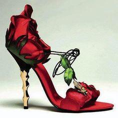 Un zapato muy  floral