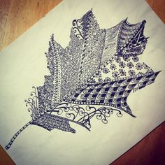 leaf zentangle : more printmaking Inspiration Tangle Doodle, Tangle Art, Zen Doodle, Doodle Art, Zentangle Drawings, Doodles Zentangles, Zentangle Patterns, Leaf Drawing, Doodle Coloring