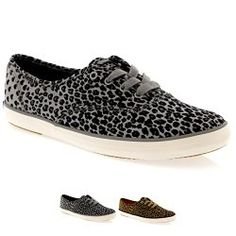 Runawaykiwi's Christmas Wish List - Grey and black Leopard print keds where the leopard spots turn into hearts Staple Dress, Leopard Spots, Jeans Dress, Keds, Casual Chic, Hearts, Grey, Boots, Sneakers