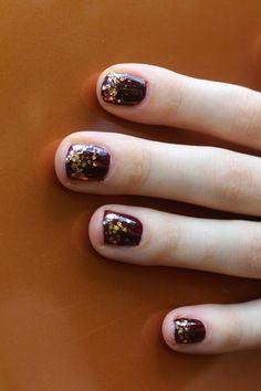 Autumn Gradient Glitter Manicure | White Lights on Wednesday
