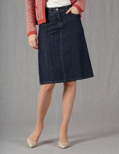 Love this blue jean denim skirt - doesn't need to be knee length but not too short classic look 40+ 50+ 60+ midlife chic/ style/ fashion