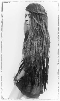 When our dreads were this long we had to always be careful not to drop them in the toilet! I hope Bea has not cut hers.