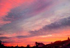 RT: @SMartdale: Red Sky Tonight @IMcMillan @CornwallHour @CornishSunsets @piratefm #Cornwall #Sunset #Poldark