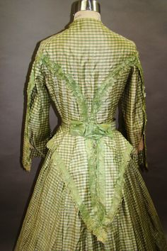 All The Pretty Dresses: Mid to Late 1860s Green Checked Dress