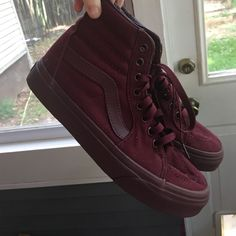 Maroon Vans Sk8 Hi's These shoes have only been worn once, and they are just too big for me. They're in perfect condition, smoke free home. Open to trade for a size 5.5-6 shoe or something of equal value. Vans Shoes Sneakers