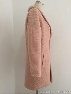 Простая выкройка пальто / Простые выкройки / ВТОРАЯ УЛИЦА Rubrics, Pattern Fashion, Fabric Crafts, Sewing Projects, Sewing Patterns, How To Make, How To Wear, Sweaters, Fashion Trends