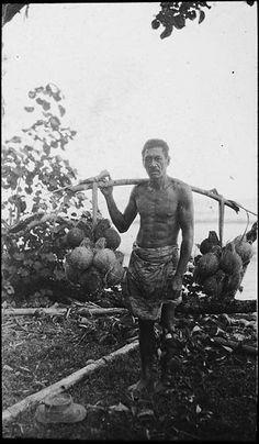 Tahiti - Papenoo (1918-1919). Se retourner vers le passé, non par nostalgie, mais avec humilité.