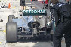 """Rosberg azuza a Vettel: """"Seb verá a menudo nuestra parte trasera"""".  Rosberg: «¿Ferrari es un rival? No»."""