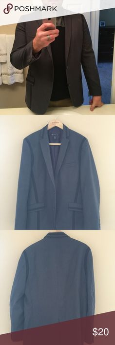 Men's INC suit jacket This is a men's L charcoal with black stripe suit jacket. The jacket is in great condition!  It can be dressed down with jeans or dressed up with a pair of nice slacks. INC International Concepts Suits & Blazers Sport Coats & Blazers