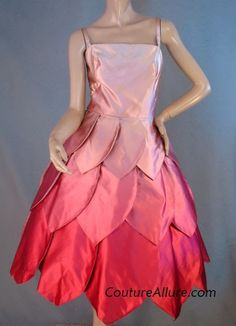 1950s pink petal dress made of pink silk ombre satin