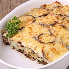 Moussaka o lasaña de berenjenas, una receta suave, ligera y muy saludable para los niños. Receta para niños de un plato originario de Grecia, que lleva verdura y carne. Receta fácil de preparar para los niños.