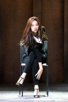 141010 red velvet - Busca do Twitter Red Velvet Be Natural, Natural Red, Park Sooyoung, South Korean Girls, Korean Girl Groups, Red Velvet Band, Kpop Girl Bands, Kang Seulgi, Red Velvet Seulgi