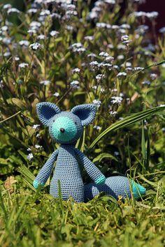 Blue Fox by BramboraCzech.deviantart.com on @DeviantArt