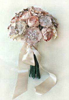 Bridal bouquet. Grace Ormonde Wedding Style Magazine | The Luxury Wedding Source #GOWS #platinumlist #weddingstyle #graceormonde #luxuryweddings