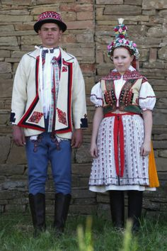 Náš kroj :: Hrubá Vrbka - Horňácko traditional clothing of Horňácko region in the Czech Republic