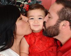 Shana Griffin Photography Christmas photos, mom and dad kiss Christmas Photos, Mom And Dad, Kiss, Couple Photos, Couples, Photography, Xmas Pics, Couple Shots, Christmas Pics