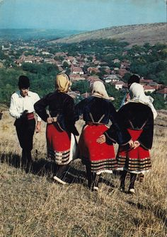 Zaječar district - girls wearing the v'lnenik, a pleated half-skirt or back apron, and the libade jacket which entered folk costume from the urban costume