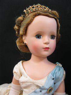 "Vintage 1953 Madame Alexander 18"" Queen Elizabeth II MIB - Fashion Award Doll #MadameAlexander #DollswithClothingAccessories"