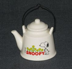 SNOOPY CERAMIC TEA POT COLLECTORS PEANUTS 1958 SCHULZ FLOWERS KITCHEN | eBay