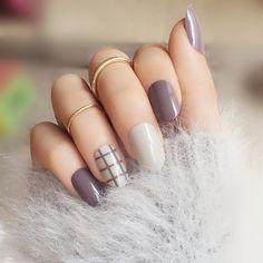 Мода 24 шт./компл. решетки стиль закончил накладные ногти, маленький круглый носок среднего длинный размер полный Типсы патч леди Art Инструмент невесты