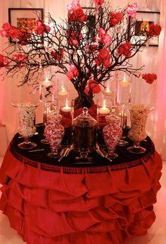 Decoración de mesa de postres en color rojo para xv años http://ideasparamisquince.com/decoracion-mesa-postres-color-rojo-xv-anos/ Dessert table decoration in red for xv years #Decoracióndemesadepostresencolorrojoparaxvaños #decoracióndexvaños #ideasparaxvaños #mesadepostresparaxvaños #quinceañeras #xvaños