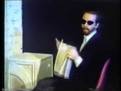 On This Day – 25th June 1982 – Eurythmics released their single The Walk 32 years ago - http://www.eurythmics-ultimate.com/2014/06/25/on-this-day-25th-june-1982-eurythmics-released-their-single-the-walk-32-years-ago/