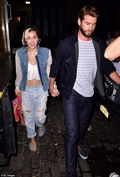 Hand in hand: Miley Cyrus couldn't hide her happiness as she headed out to a trendy night club in New York City with handsome beau and rumored fiance Liam Hemsworth on Friday Daily Mail Celebrity, Celebrity Style, Liam Hemsworth, Miley Cyrus, Miley And Liam, Miley Stewart, A Cinderella Story, Forever, Fashion Night