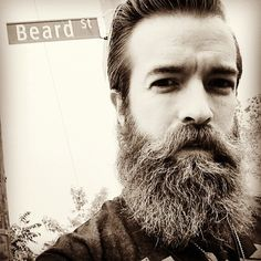 He would bring his beard to the people! | This Man Got Stupidly Hot After He Spent A Year Growing A Beard