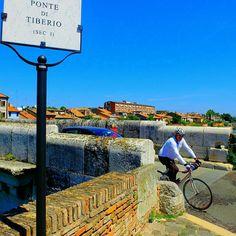 In Pista. Ciclabile.  #inpistaciclabile  #bicicletas #bicicletta #bici #pedalare #natura #nature  #pedalare #pedalandoefotografando  #green #pedalandoefotografando #igimola #igitaly #ig_imola #gf_hdr #igitalia #igemiliaromagna #ig_emiliaromagna #bicile #ciclyng  #ig_emilia_romagna #cicle #ciclo #cicloturismo #cicloreporter #bologna #yallersemiliaromagna #igbologna #bologna #hdr #hdrphotography #rimini #certocheconunaleica