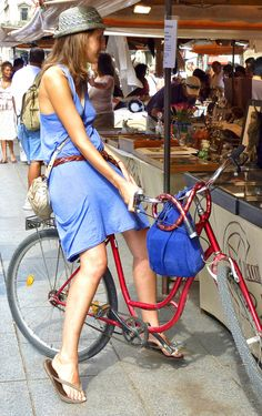 Dress, hat and bicycle - perfect for shopping