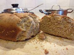Ψωμί με αλεύρι βρώμης χωρίς συντηρητικά και ζάχαρη Bread, Food, Brot, Essen, Baking, Meals, Breads, Buns, Yemek