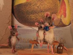 images from my own private Mouseland Needle Felted Animals, Felt Animals, Needle Felting, Animals And Pets, Felt Mouse, Mini Mouse, Maus Illustration, Puppies And Kitties, Polymer Clay Dolls