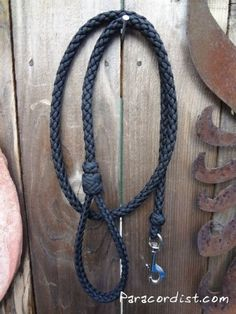 http://www.paracordist.com #Paracordist Creations LLC - The Unparalleled #Paracord Dog Leash, $60.00 (http://www.paracordist.com/the-unparalleled-paracord-dog-leash/)