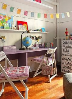 kids desk..