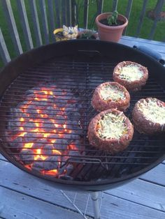 Miss Cindy's Burger Bowls     Here's an amazing recipe if you are watching your carbs...turn ground beef patties into edible bowls for a bun-less burger! You can fill them with your favorite things, here I took peppers, shallots, sausage and bac...